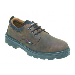 Brown leather 3 eyelet safety shoe
